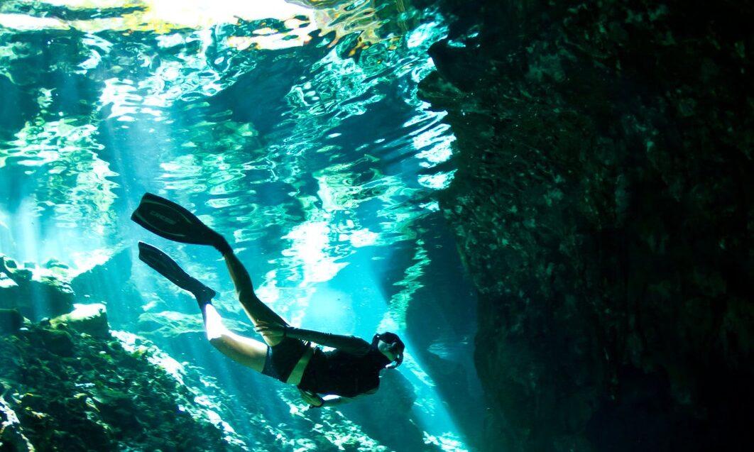 diver in deep water